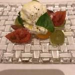 99188694 - これ美味しい!トマトも味をつけてある。絶品!