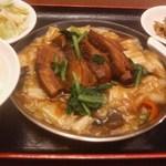 9919577 - ランチ 豚肉の角煮定食