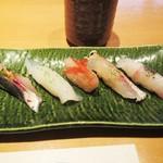 寿司栄 華やぎ - お寿司①