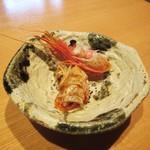 寿司栄 華やぎ - 海老の頭。