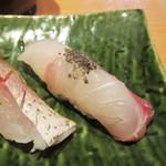 寿司栄 華やぎ - クエ。