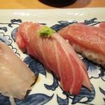 寿司栄 華やぎ - 大トロ。