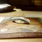 99191479 - [2018/12]寿司⑥ こはだの握り しまえびのおぼろ入り