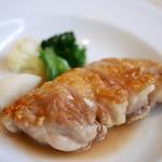 ユジェーヌ - 料理写真:赤城鶏のソテー