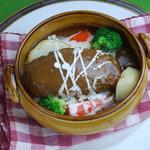 のんびりーと - デミグラスシチューハンバーグ ライス(パン)味噌汁(スープ)付 1,100円