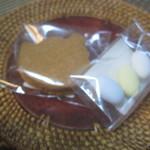 ビスケット - おまけのクッキー