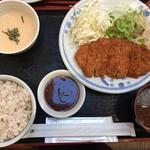 99203148 - 黒豚ロースカツ定食1000円