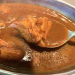 デリーベイ - インド風コク系 肉