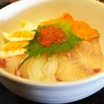 むちゃく - 日替り定食  海鮮丼 (850円)