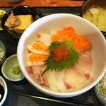 むちゃく - 日替り定食(海鮮丼)コンプリート