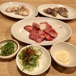 情熱焼肉ファイティングマン - 和牛カルビ、上ホルモン、ソソカルビ