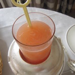 帝国ホテル 大阪 - 生搾りジュース(グレープフルーツ) 1260円