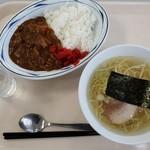 寒地土木研究所食堂 - 満腹セットB(650円)です。