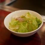 お好み焼 ゆかり - ☆サラダも付いています(^^)/☆