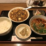 sai-蓮花 - 四川麻婆豆腐定食、950円+半タンタン麺、400円