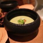 99253729 - ほうれん草のスープ、牡蠣のフリット