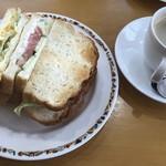 プロバンス - ポテトサラダとエッグサラダ(セットドリンクはホットコーヒー)
