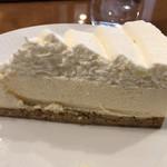 自家焙煎椿屋珈琲 - プラチナレアチーズケーキ