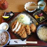 9926677 - 三元豚ロースかつ定食+カキフライ2個