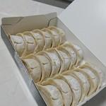 大阪王 - 餃子!・6個/1人前 x 3 = 18個