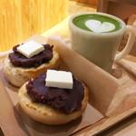 タカ コーヒースタンド - あんバタートースト(700円)/ 抹茶ラテに変更(+50円)