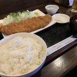 とんかつビストロ 肉のマルコウ - ロースかつ定食(220g)