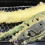 天ぷらめし 福松 - 天ぷらめし1180円。イカ、ナス、カボチャ、インゲン。揚げたてが一番ですね(╹◡╹)