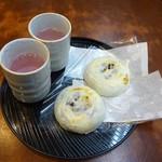 99294067 - 梅が枝餅、梅茶