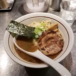 バサノバ - 料理写真:豚濁和出汁そば