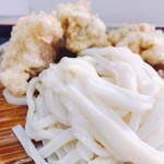 うわさの麺蔵 - 麺、アップ