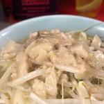 ラーメン二郎 - ラーメン(野菜,ニンニク,アブラ)