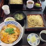 丸花 - 親子丼+ミニそば