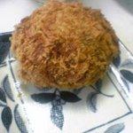 お肉のはなふさ - 料理写真:コロッケ(126円)