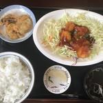 ニイハオ - 料理写真:Bランチ800円(エビチリ)