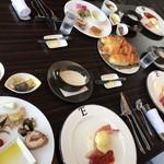 99306934 - ハーフビュッフェの朝食