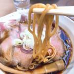 99307545 - 黒竹  KUROCHIKU   800円   麺リフト