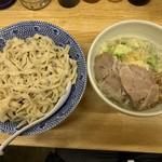 らーめん きじとら - 料理写真:【2018.12.19】塩つけ麺 太麺 中(400g)700円