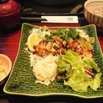 大戸屋 - 塩葱ダレの炭火焼チキン定食890円