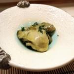 寿司 仁 - いろは島産牡蠣オリーブオイル漬け