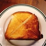 アイ ノノピアーノ - トーストに!美味しいわぁー