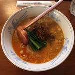 美華 - 担々麺 900円