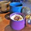 タイムレス チョコレート - ドリンク写真:ティラミスとホットコーヒー