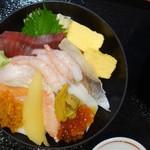 99331178 - 二三一海鮮丼
