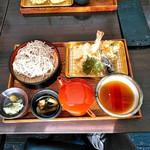 天ぷら屋 幸たろう - 料理写真:天ぷらざるそば