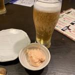 創作居酒屋 夢心 - 生ビールと付き出しのタラコのポテサラ♡