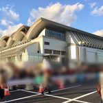 長浜屋台 やまちゃん - ライブ会場の「マリンメッセ福岡 」。女子率95%以上です(笑)。