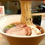 一番いちばん - 一番いちばん@町田 特中華そば 麺リフト