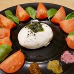 京Apollo食堂 - (撮影 20181230)ブラッティーナと賀茂トマトのカプレーゼ