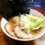 麺屋 晴 - 料理写真:豚骨醤油+煮玉子