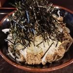 99354975 - 温かい肉蕎麦(並)